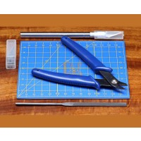 CUTTING BOARD with TOOL SET